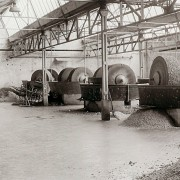 1957 Pulping of fibrous material in the edge mill