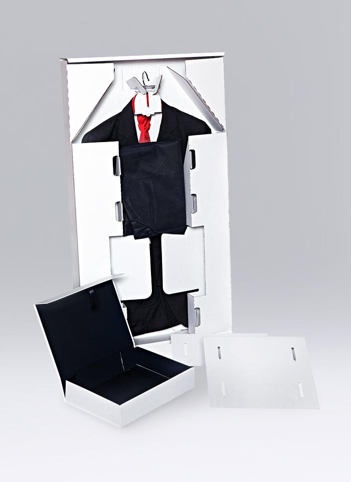 Verpackung für Anzüge und Bekleidung jeglicher Art